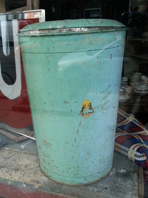 Vintage garbage can