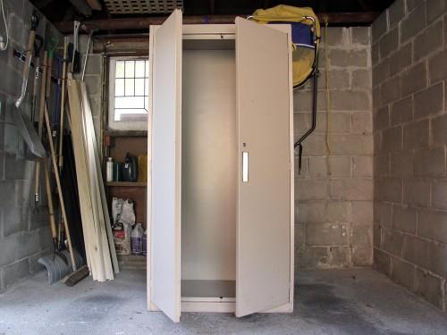 Front of locker / back of Biblio-mat